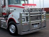 Mack Superliner custom alloy FUPS bull bar    #13