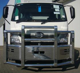 Hino 4x4high tensile polished alloy bullbar      #7