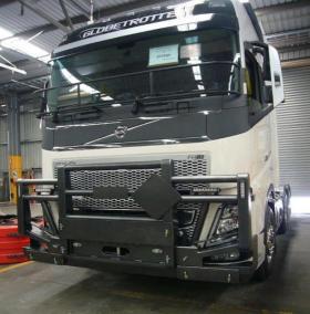 Volvo FH Powder Coated FUPS Road Train bullbar   #17