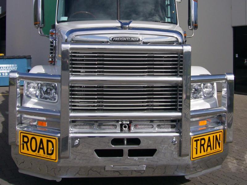Freightliner Coronado FUPS Bullbar        #8