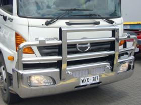 Hino  FG and FH Polished Custom Aluminium Bullbar    #10
