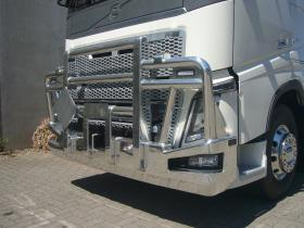 Volvo FH16 Custom Built Hi-tensile FUPS Bullbar to suit Collision Avoidance System    #10
